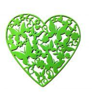 Ажурное сердце с бабочками, вырубка из ярко-зелёного картона