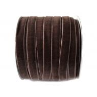 Лента бархатная коричневая 1см
