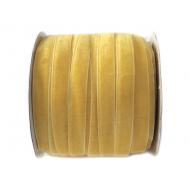 Лента бархатная желтая 1см
