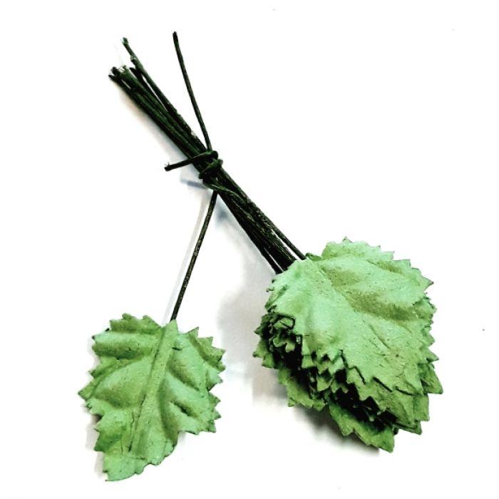 Листья зеленые резные 20 мм для скрапбукинга