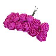 Розы ярко-розовые