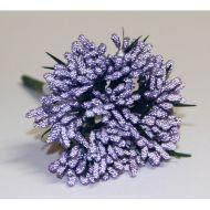 Фиолетовый декоративный букет из ягодок