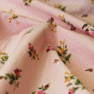 Отрез ткани бутоны роз