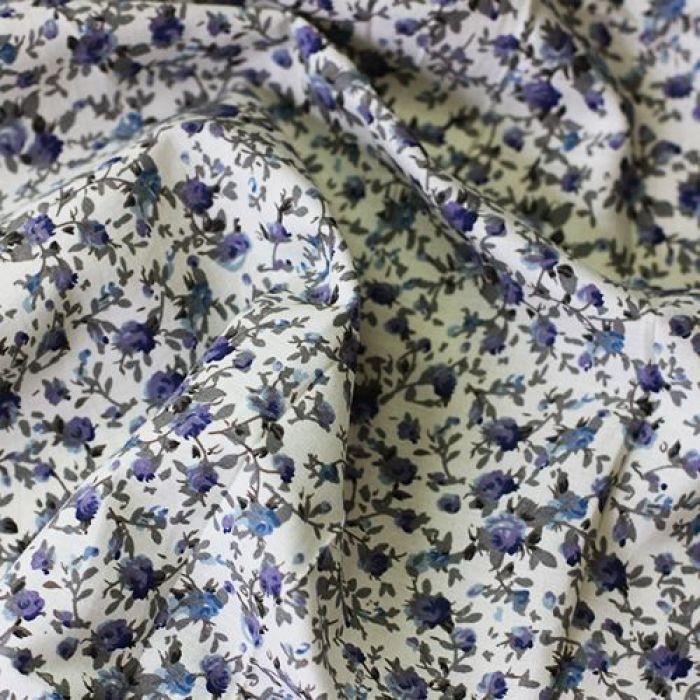 Отрез ткани синие розочки для скрапбукинга