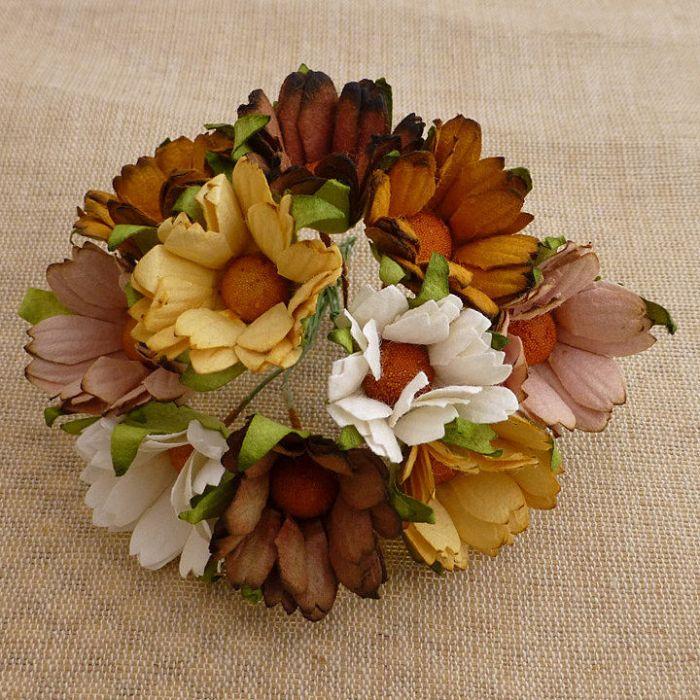 Хризантемы бело-коричневые для скрапбукинга