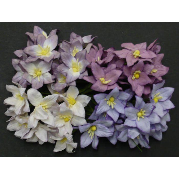 Лилии бело-лилового цвета для скрапбукинга