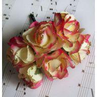 Роза с глиттером, цвет - кремово-ярко-розовый