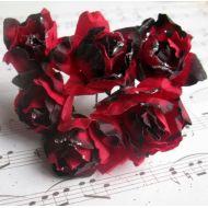 Роза с глиттером, цвет - красно-темно-бордовый