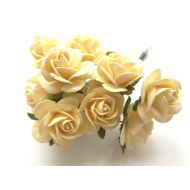 Розы нежно-желтые 25 мм