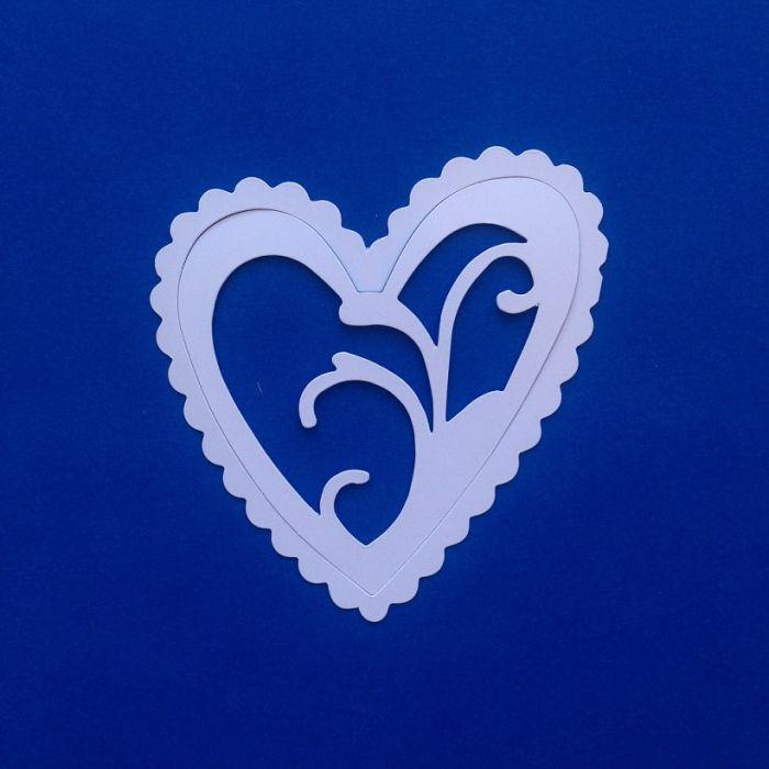 Ажурное сердце, вырубка из белого картона для скрапбукинга